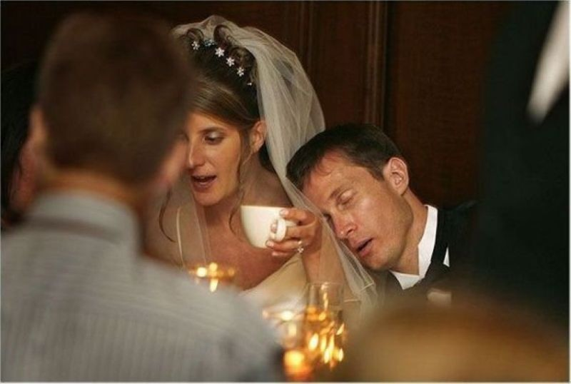 http://mightylists.blogspot.de/2010/07/15-funny-wedding-pictures.html