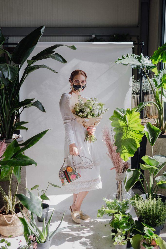 flowerpower meets - Maskenporträts im Blumenladen